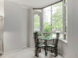 "Photo 6: 1190 RICHARDS Street in Vancouver: Yaletown Townhouse for sale in ""Park Plaza"" (Vancouver West)  : MLS®# V1122605"