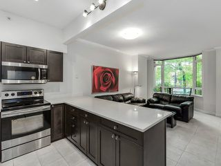 "Photo 1: 1190 RICHARDS Street in Vancouver: Yaletown Townhouse for sale in ""Park Plaza"" (Vancouver West)  : MLS®# V1122605"