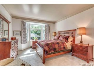 Photo 12: 1615 York Pl in VICTORIA: OB North Oak Bay House for sale (Oak Bay)  : MLS®# 707996