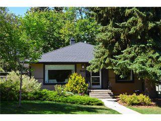 Main Photo: 3045 26A Street SW in Calgary: Richmond Park_Knobhl House for sale : MLS®# C4023554