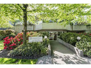 Photo 1: 104 3051 AIREY Drive in Richmond: West Cambie Condo for sale : MLS®# V1140850