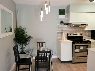 """Photo 9: 106 1955 WOODWAY Place in Burnaby: Brentwood Park Condo for sale in """"DOUGLAS VIEW"""" (Burnaby North)  : MLS®# R2004187"""