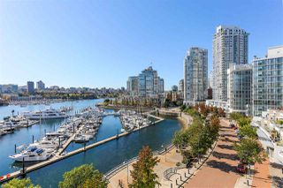 """Photo 6: 902 1067 MARINASIDE Crescent in Vancouver: Yaletown Condo for sale in """"QUAYWEST TWO"""" (Vancouver West)  : MLS®# R2004364"""