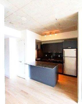 Photo 5: 718 95 Bathurst Street in Toronto: Waterfront Communities C1 Condo for lease (Toronto C01)  : MLS®# C3405077