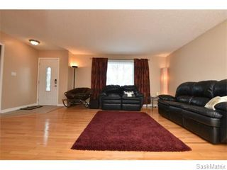 Photo 4: 1809 12TH Avenue North in Regina: Uplands Single Family Dwelling for sale (Regina Area 01)  : MLS®# 562305