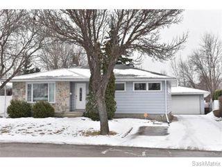 Photo 2: 1809 12TH Avenue North in Regina: Uplands Single Family Dwelling for sale (Regina Area 01)  : MLS®# 562305