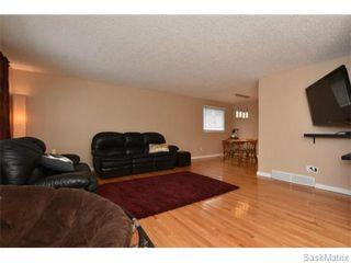 Photo 7: 1809 12TH Avenue North in Regina: Uplands Single Family Dwelling for sale (Regina Area 01)  : MLS®# 562305