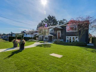 """Main Photo: 841 E 16TH Street in North Vancouver: Boulevard House for sale in """"Grand Boulevard"""" : MLS®# R2053564"""