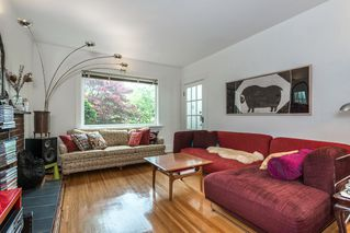 Photo 6: 1074 E 10TH Avenue in Vancouver: Mount Pleasant VE House for sale (Vancouver East)  : MLS®# R2072304