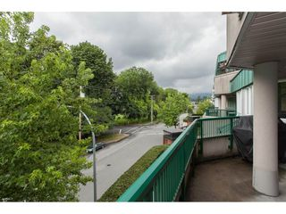 "Photo 17: A302 2099 LOUGHEED Highway in Port Coquitlam: Glenwood PQ Condo for sale in ""SHAUGHNESSY SQUARE"" : MLS®# R2088151"