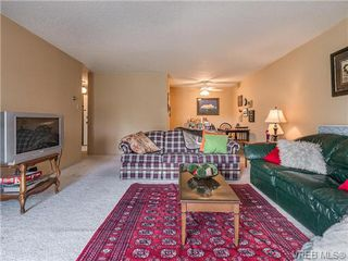 Photo 8: SAANICH EAST Condo For Sale SOLD With Ann Watley: 2 BDRMS + 1 BATHS VICTORIA HOME