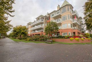 "Photo 1: 205 12 K DE K Court in New Westminster: Quay Condo for sale in ""DOCKSIDE"" : MLS®# R2109993"