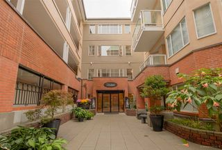 "Photo 2: 205 12 K DE K Court in New Westminster: Quay Condo for sale in ""DOCKSIDE"" : MLS®# R2109993"