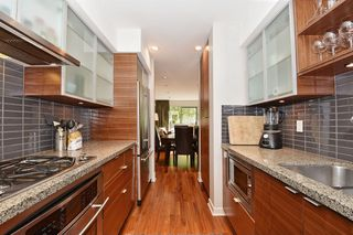 "Photo 11: 1468 ARBUTUS Street in Vancouver: Kitsilano Townhouse for sale in ""KITS POINT"" (Vancouver West)  : MLS®# R2111656"
