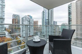 "Photo 8: 1403 535 SMITHE Street in Vancouver: Yaletown Condo for sale in ""YALETOWN"" (Vancouver West)  : MLS®# R2118653"