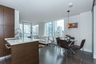 "Photo 10: 1403 535 SMITHE Street in Vancouver: Yaletown Condo for sale in ""YALETOWN"" (Vancouver West)  : MLS®# R2118653"