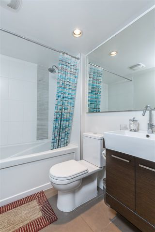 "Photo 4: 1403 535 SMITHE Street in Vancouver: Yaletown Condo for sale in ""YALETOWN"" (Vancouver West)  : MLS®# R2118653"