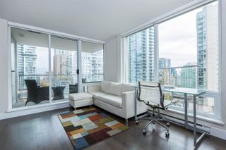 "Photo 7: 1403 535 SMITHE Street in Vancouver: Yaletown Condo for sale in ""YALETOWN"" (Vancouver West)  : MLS®# R2118653"