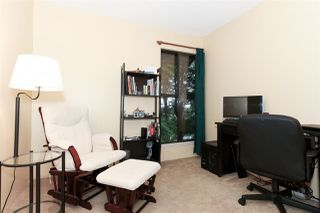 """Photo 15: 15961 ALDER Place in Surrey: King George Corridor Townhouse for sale in """"Alderwood"""" (South Surrey White Rock)  : MLS®# R2122289"""