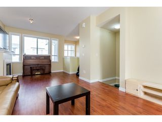 "Photo 5: 26 20159 68 Avenue in Langley: Willoughby Heights Townhouse for sale in ""VANTAGE"" : MLS®# R2133104"