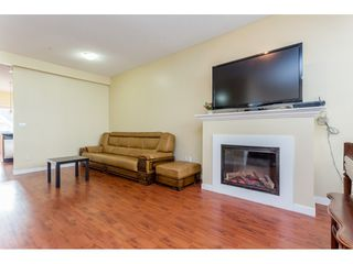 "Photo 3: 26 20159 68 Avenue in Langley: Willoughby Heights Townhouse for sale in ""VANTAGE"" : MLS®# R2133104"