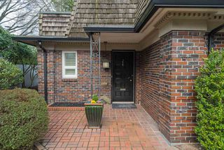 "Photo 2: 1443 MCRAE Avenue in Vancouver: Shaughnessy Townhouse for sale in ""MCRAE MEWS"" (Vancouver West)  : MLS®# R2140169"