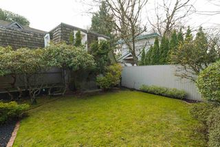 "Photo 3: 1443 MCRAE Avenue in Vancouver: Shaughnessy Townhouse for sale in ""MCRAE MEWS"" (Vancouver West)  : MLS®# R2140169"