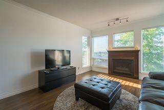 Photo 3: 410 33738 KING Road in Abbotsford: Poplar Condo for sale : MLS®# R2171658