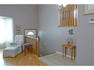 Photo 6: 284 CEDARDALE Place SW in Calgary: Cedarbrae House for sale : MLS®# C4119555