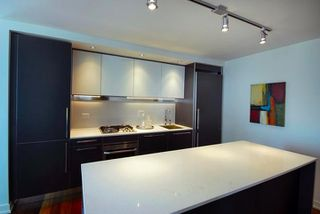 Photo 2: 601 1762 DAVIE Street in Vancouver: West End VW Condo for sale (Vancouver West)  : MLS®# R2195304