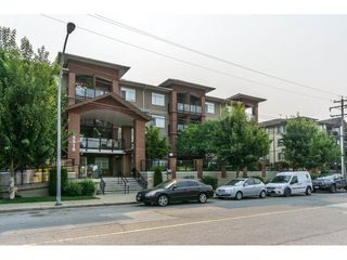 "Photo 1: 320 5516 198 Street in Langley: Langley City Condo for sale in ""MADISON VILLAS"" : MLS®# R2195126"