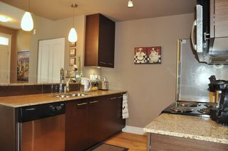 Photo 5: 103 2343 ATKINS Avenue in Port Coquitlam: Central Pt Coquitlam Condo for sale : MLS®# R2197287