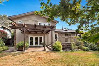 Photo 18: 2229 Lifton Pl in VICTORIA: SE Arbutus Single Family Detached for sale (Saanich East)  : MLS®# 768469