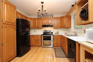 Photo 7: 922 Beaufort Court in Oshawa: Eastdale House (2-Storey) for sale : MLS®# E3941035