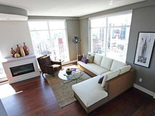 Photo 2: 2901 565 SMITHE Street in Vancouver: Downtown VW Condo for sale (Vancouver West)  : MLS®# R2213946