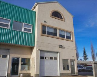 Main Photo: 220 3907 3A Street NE in Calgary: Greenview Industrial Park House for sale : MLS®# C4147722