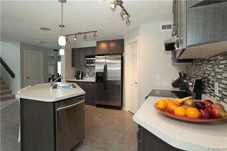 Photo 6: 90 Buckley Trow Bay in Winnipeg: River Park South Residential for sale (2F)  : MLS®# 1800955