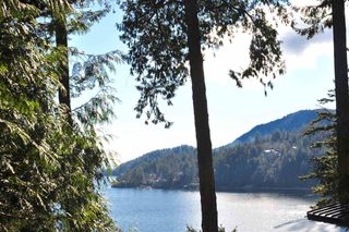 Photo 1: 150 BANNISTER Road: Bowen Island House for sale : MLS®# R2238873