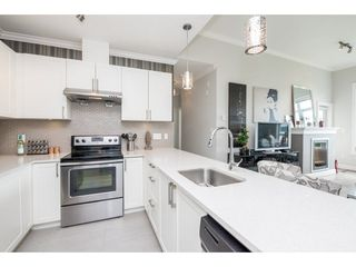 "Photo 9: 403 11566 224 Street in Maple Ridge: East Central Condo for sale in ""CASCADA"" : MLS®# R2239871"