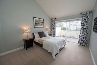 Photo 11: SCRIPPS RANCH Townhome for sale : 2 bedrooms : 9934 Caminito Chirimolla in San Diego