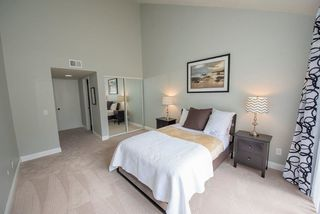 Photo 12: SCRIPPS RANCH Townhome for sale : 2 bedrooms : 9934 Caminito Chirimolla in San Diego