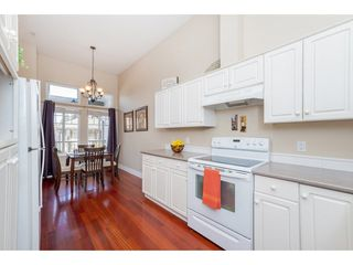 """Photo 4: 7 20222 96 Avenue in Langley: Walnut Grove Townhouse for sale in """"Windsor Gardens"""" : MLS®# R2248517"""