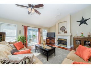 """Photo 3: 7 20222 96 Avenue in Langley: Walnut Grove Townhouse for sale in """"Windsor Gardens"""" : MLS®# R2248517"""