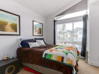 "Photo 13: 4 909 CLARKE Road in Port Moody: College Park PM Townhouse for sale in ""CLARKE"" : MLS®# R2261027"