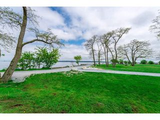 "Photo 5: 3116 MCBRIDE Avenue in Surrey: Crescent Bch Ocean Pk. House for sale in ""Crescent Beach"" (South Surrey White Rock)  : MLS®# R2264343"