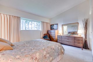"Photo 11: 3321 DALEBRIGHT Drive in Burnaby: Government Road House for sale in ""GOVERNMENT RD AREA"" (Burnaby North)  : MLS®# R2268285"
