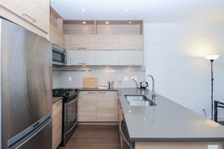 Photo 5: 210 9150 UNIVERSITY HIGH Street in Burnaby: Simon Fraser Univer. Condo for sale (Burnaby North)  : MLS®# R2274801