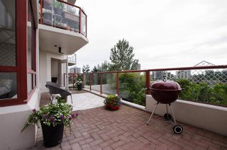"""Photo 14: 407 220 ELEVENTH Street in New Westminster: Uptown NW Condo for sale in """"QUEENS COVE"""" : MLS®# R2275679"""