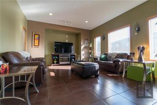 Photo 6: 359 Abbotsfield Drive in Winnipeg: Dakota Crossing Residential for sale (2F)  : MLS®# 1818072