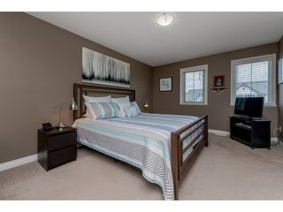"Photo 10: 17938 70 Avenue in Surrey: Cloverdale BC House for sale in ""PROVINCTON"" (Cloverdale)  : MLS®# R2308113"